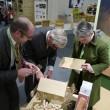 DBV-Umweltreferent Steffen Pingen, RLV-Präsident Friedhelm Decker und Vorstandsvorsitzende Stephanie Egerland-Rau widmen sich der 'Baukultur'